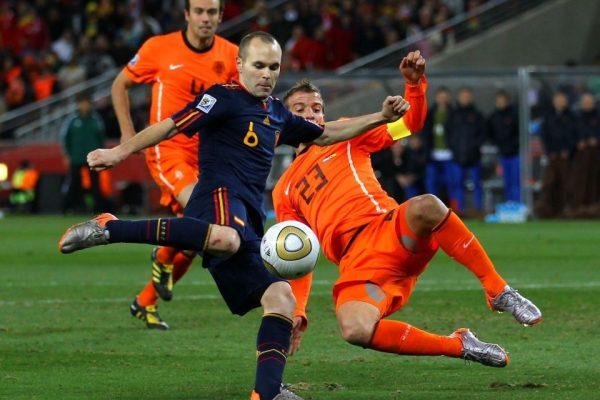 อันเดรส อิเนียสต้า กับจังหวะพาสเปนคว้าแชมป์โลกไปปี 2010